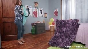 Katana Kombat and Emily Willis Shy Maids cum video