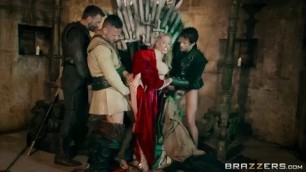 Queen Of Thrones Part 4 (A XXX Parody) Queen Sexcei (Rebecca Moore) Dominates Her Handmaiden Ella Hughes fuck movies