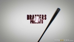 Brazzers - Sexy Texas Patti's Got Some Bazookas Mommy Got Boobs