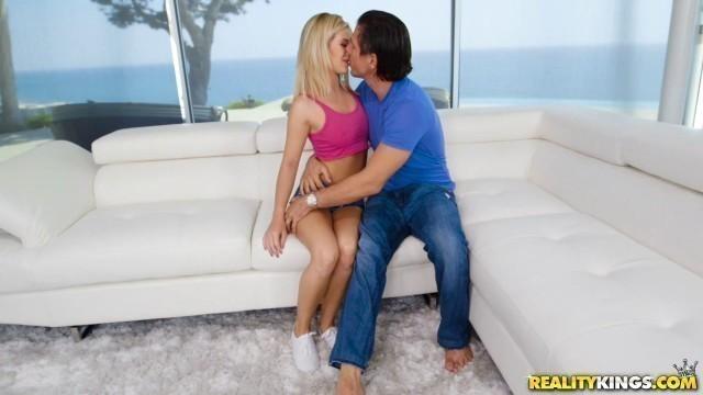 Reality Kings - TeensLoveHugeCocks Сharming Bella Rose Loves Huge Cocks