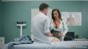Brazzers - DoctorAdventures Dick Stuck In Fleshlight First Aid From Doctors Briana Banks And Nikki Benz porno movies stars