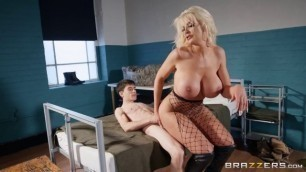 Brazzers - BrazzersExxtra He Didn't Think How Sexy His New Drill Sergeant Tommie Jo Is porn com