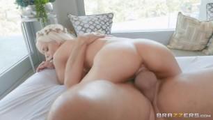 Brazzers Elsa Jean Hippie Ending Massage 1080p HD porno