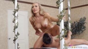 Nicole Aniston Getting Off On The Job sex video