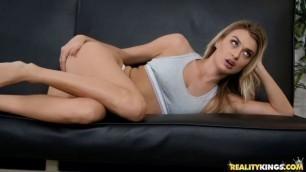Natalia Starr cute girl nice ass - Putting On A Show