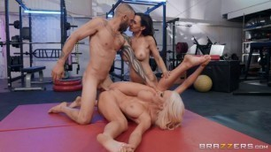 Sisters Pussy Lisa Ann Nicolette Shea The Fuck Off Brazzers