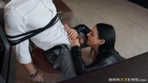 Wet Pussys Videos Angela White Busting On The Burglar