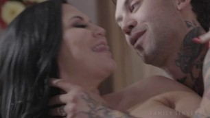Jasmine Jae Mothers And Stepsons Scene 2 Familysinners Bitches Getting Fucked