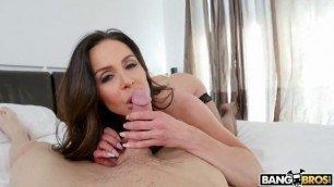 Kendra Lust Takes Control Of The Thief Butt Parade