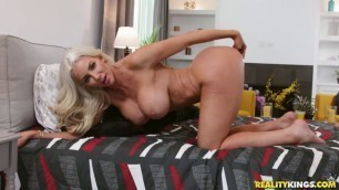 Nicolette Shea Young Tightpussy