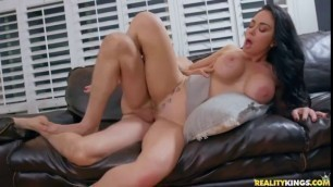 Hot Pussy Brooke Beretta Working For Cummission