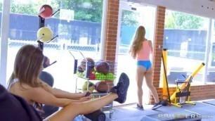 sniff my panties Pillados en el Gym Hot Sex Charles Dera Nicole Aniston y Abigail Mac