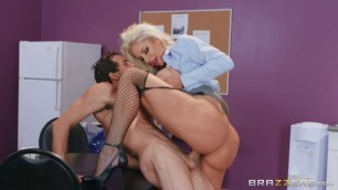 Mommy Loves Sex Nicolette Shea Water Cooler Cock Brazzers