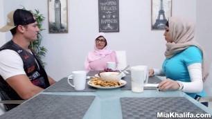 Mia Khalifa And Juliana Vega Full HD Blowjob she wants fucked