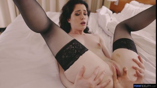 Porn evelyn claire Watch Evelyn
